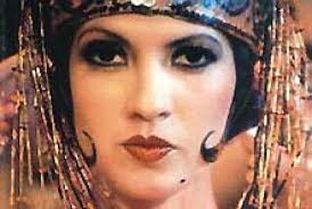 Beatriz Valdés protagonista de La bella del Alhambra