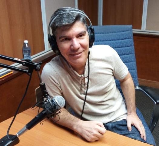 Carlos Fornes, joven y talentoso director de radio
