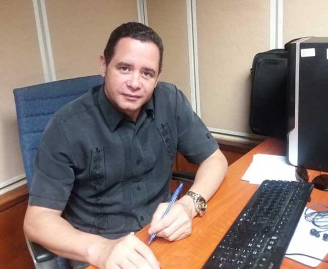 Carlos René