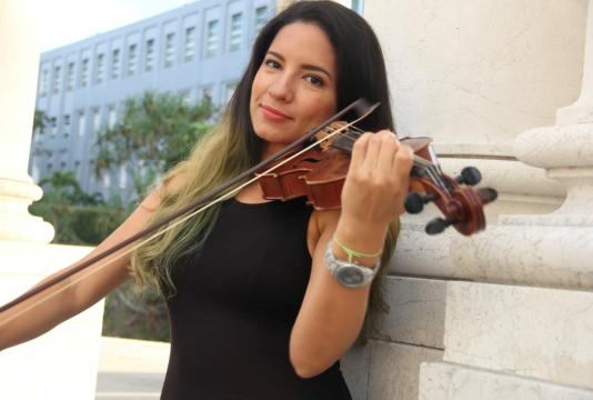 Diana Gutiérrez, directora del quinteto de cuerdas Opening